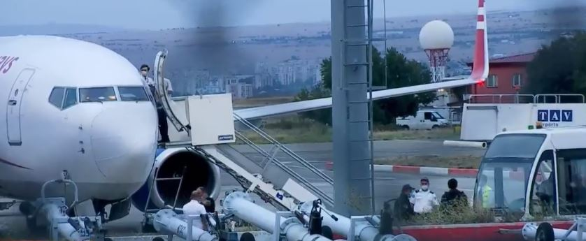 В аэропорту Тбилиси благополучно сел самолет, у которого возникли технические проблемы при взлете