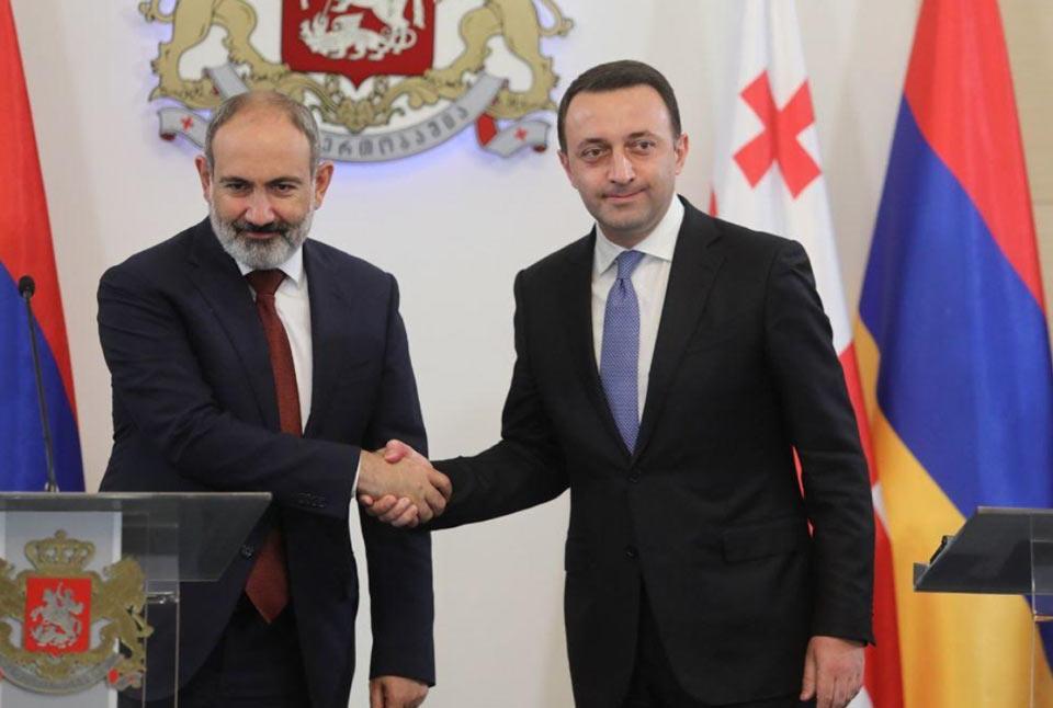 Georgian PM meets Armenian colleague