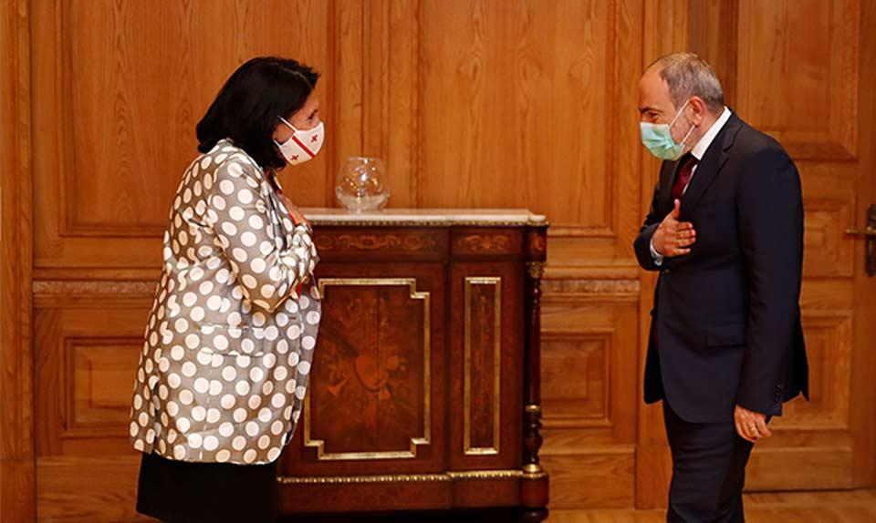 Georgian President meets Armenian PM