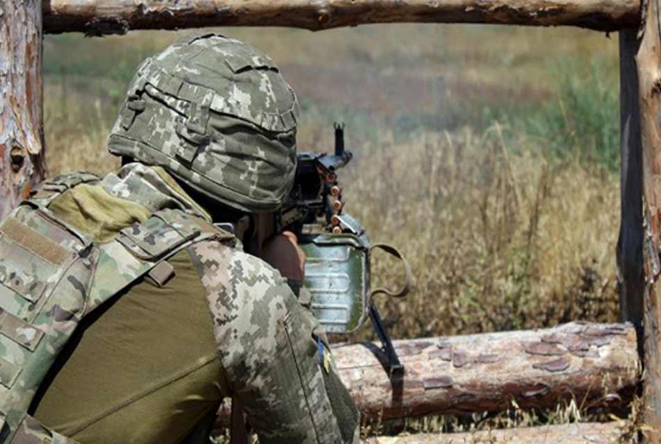 მედიის ინფორმაციით, აღმოსავლეთ უკრაინაში, კონფლიქტის ზონაში ერთი უკრაინელი სამხედრო დაიღუპა
