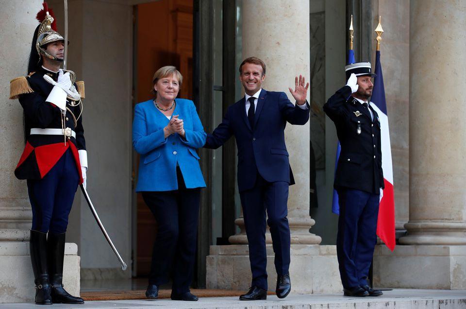 ემანუელ მაკრონი და ანგელა მერკელი აცხადებენ, რომ გერმანიის ახალი მთავრობის ჩამოყალიბებამდე მჭიდროდ ითანამშრომლებენ
