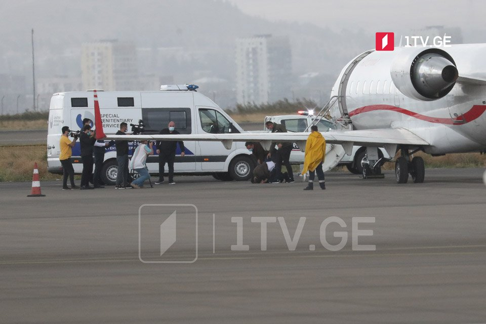 Meqis Kardavanın Ukraynadan Gürcüstana ekstradisiyası (foto)