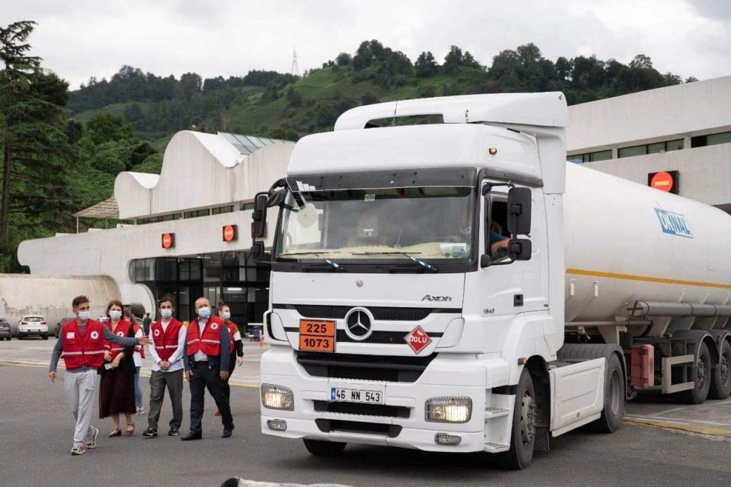 საქართველოს წითელი ჯვრის საზოგადოებამ აჭარის ჯანდაცვის სამინისტროს 22 ტონა თხევადი ჟანგბადი საჩუქრად გადასცა