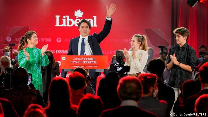 კანადის საპარლამენტო არჩევნებში ჯასტინ ტრუდოს პარტიამ გაიმარჯვა, თუმცა მანდატების უმრავლესობა ვერ მოიპოვა