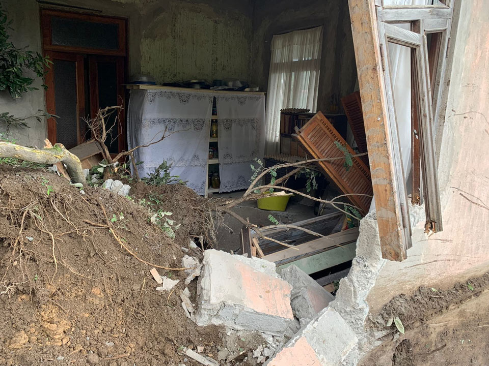 Խելվաչաուրիի մի քանի գյուղերում սողանքի հետեւանքով վնասվել է յոթ տուն