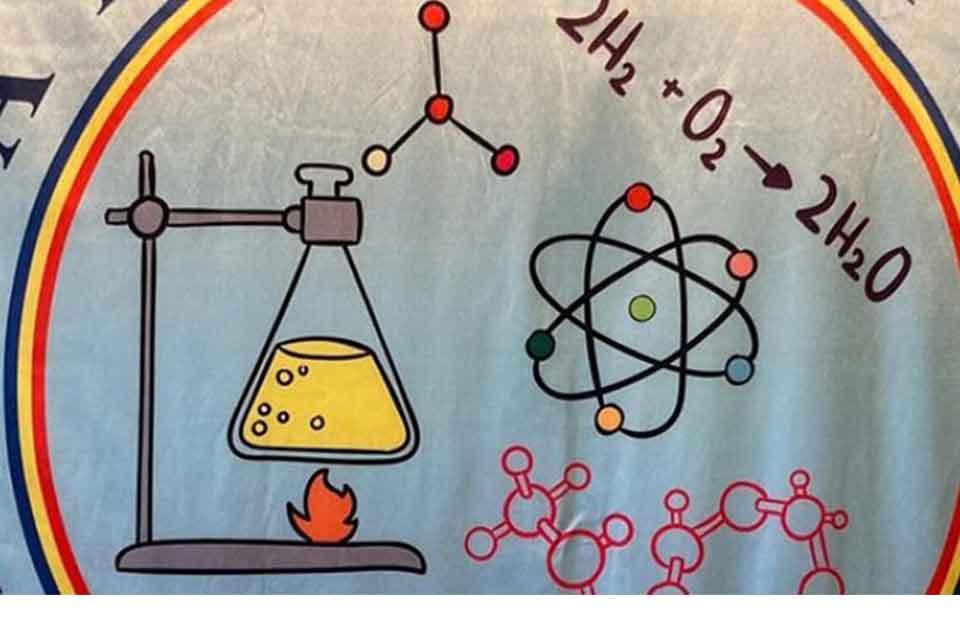 """#სახლისკენ - ქიმია """"ზურგჩანთაში"""", ანუ სკოლა, რომელიც მუდამ თქვენს გვერდითაა"""