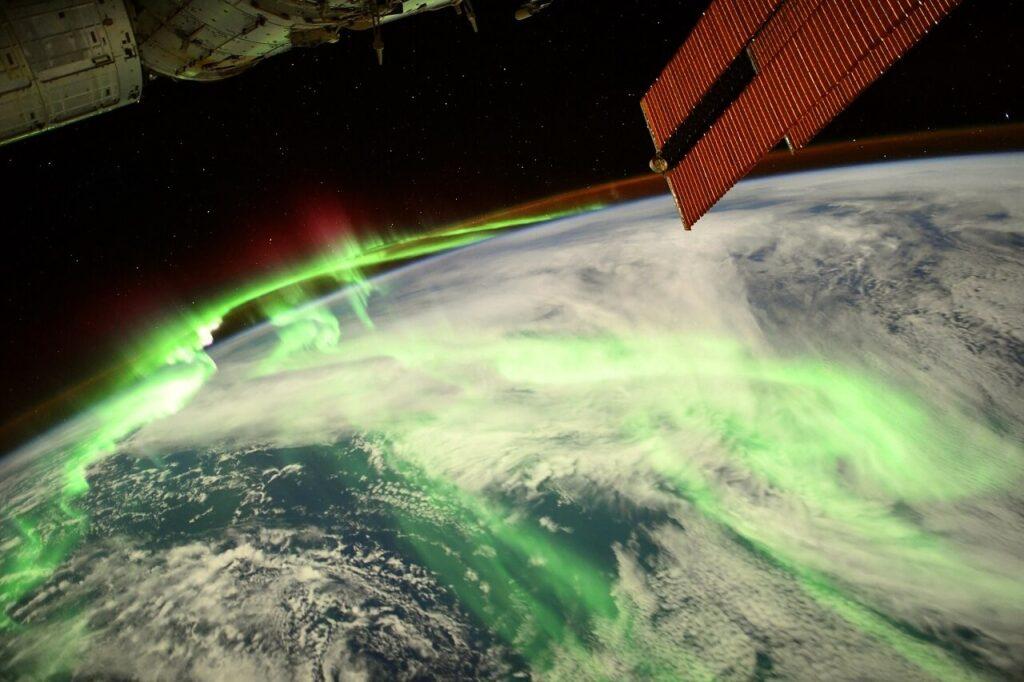 ასტრონავტმა კოსმოსური სადგურიდან პოლარული ციალის შთამბეჭდავი ფოტო გადაიღო — #1tvმეცნიერება